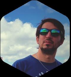 headshot_ramiro_caire (1)